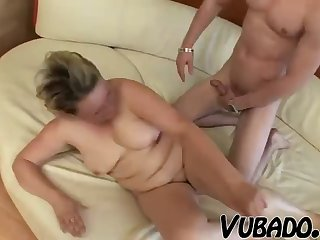Old vagina fucked by burnish apply young guy and her titties take his load