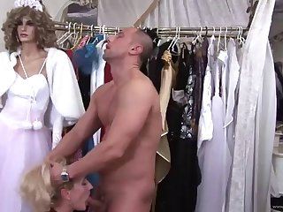 sexy mom has her wet pussy jammed by a fat cock
