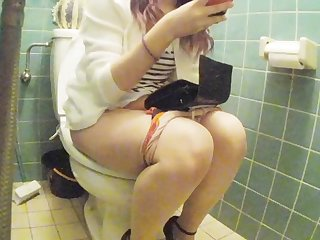 asian young girl restroom pt2